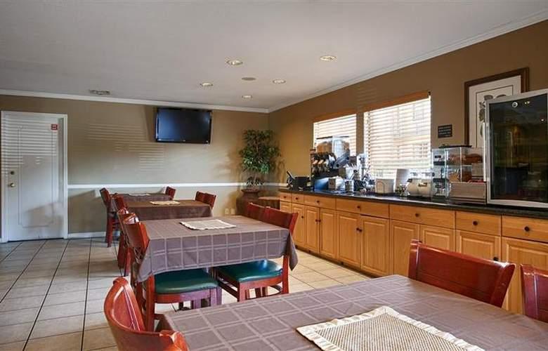 Best Western Roseville Inn - Restaurant - 11