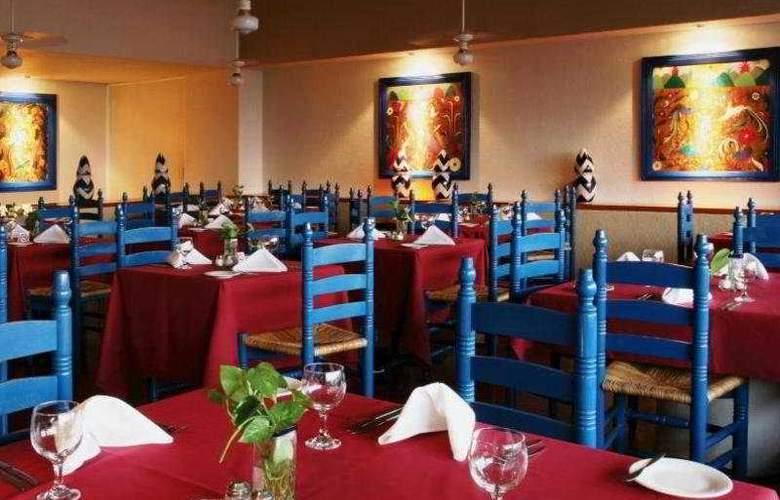 Las Brisas Huatulco - Restaurant - 7
