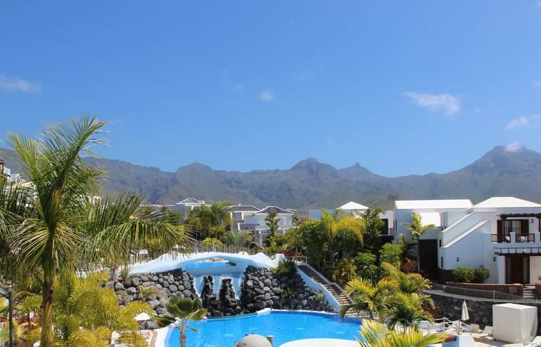 Hotel Suites Villa Maria - Pool - 22