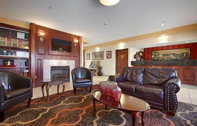 Best Western Greentree Inn & Suites - Hotel - 14