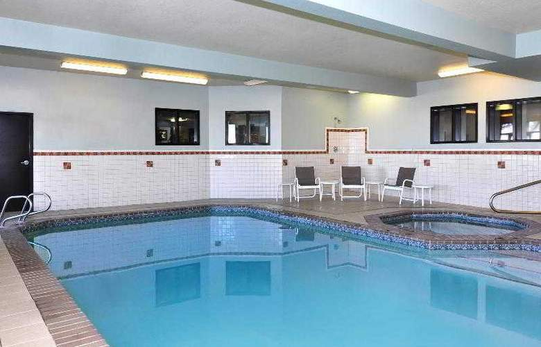 Four Points By Sheraton Portland East - Pool - 12