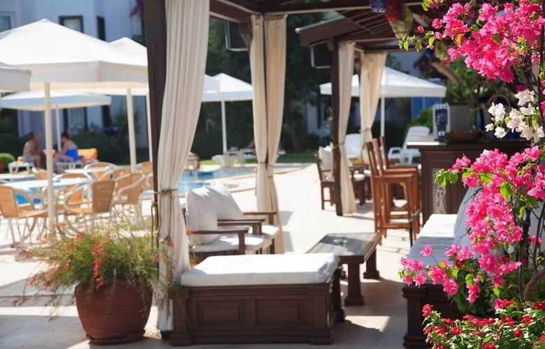 Princess Artemisia Hotel - Terrace - 6