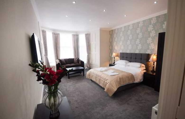 Palmerston Suites - Room - 1