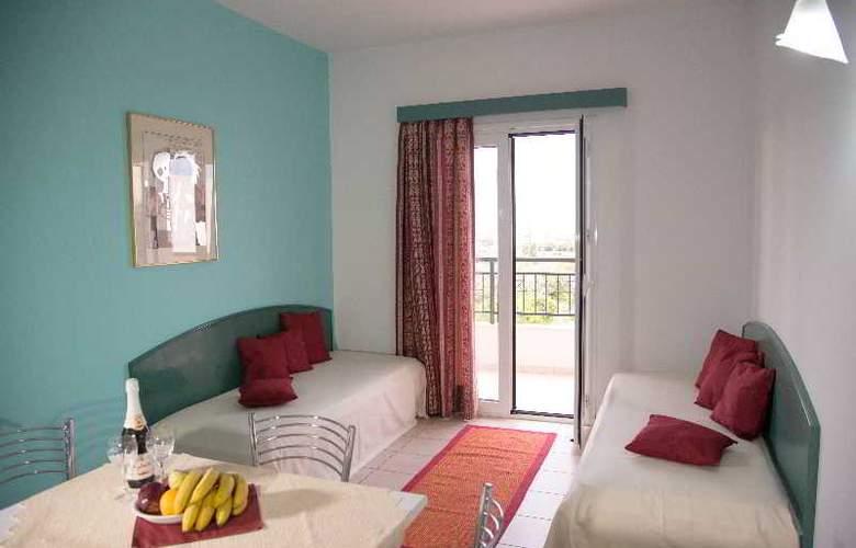 Theoni Apartments - Room - 14
