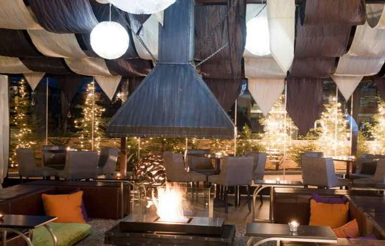 Premier Luxury Mountain Resort - Bar - 19