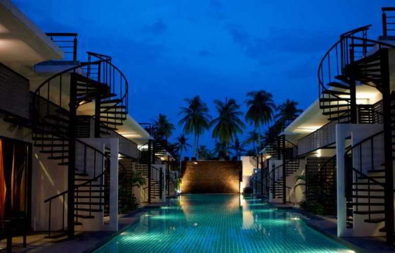 The Kris Resort - Pool - 11