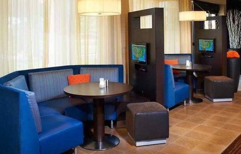 Courtyard Detroit Livonia - Hotel - 17