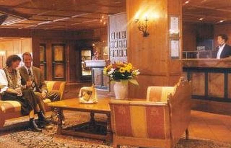 Riessersee Hotel Sport And Spa Resort - Restaurant - 3