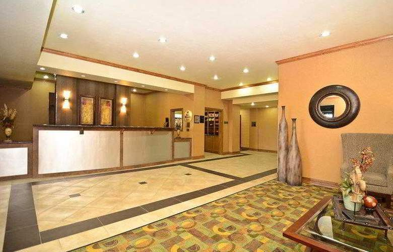 Best Western Plus Christopher Inn & Suites - Hotel - 21