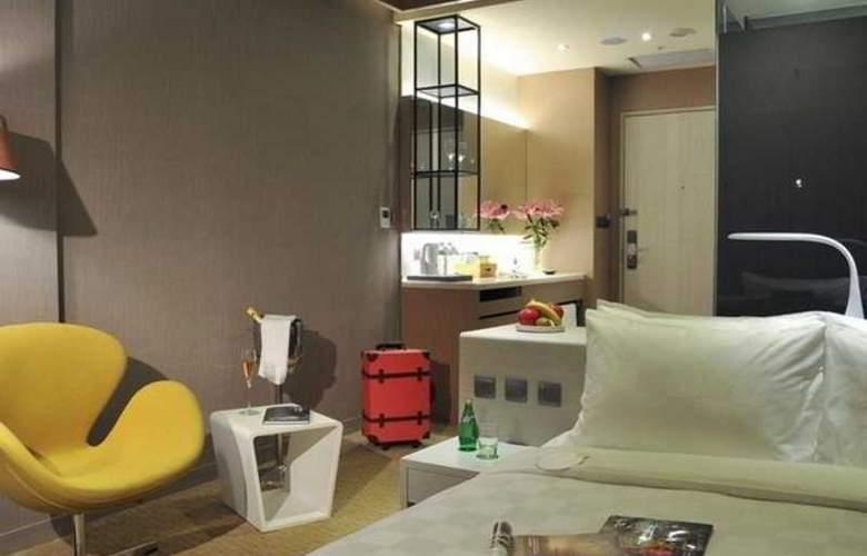 Sparkle Hotel - Room - 0
