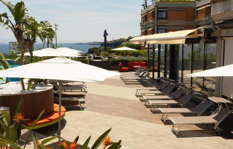 Four Points by Sheraton Catania Hotel & Conference - Terrace - 8