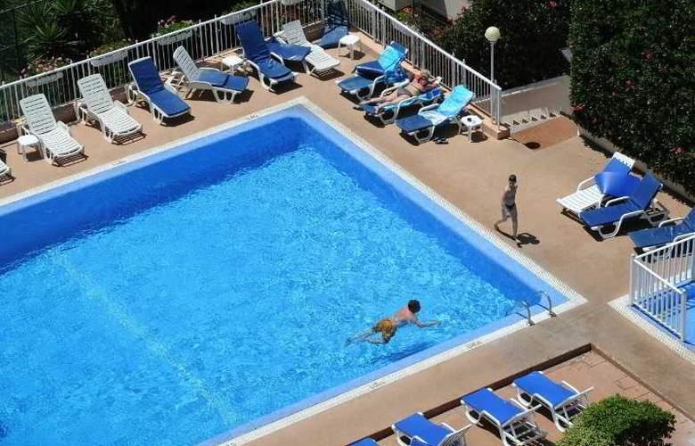 Dorisol Estrelicia - Pool - 5