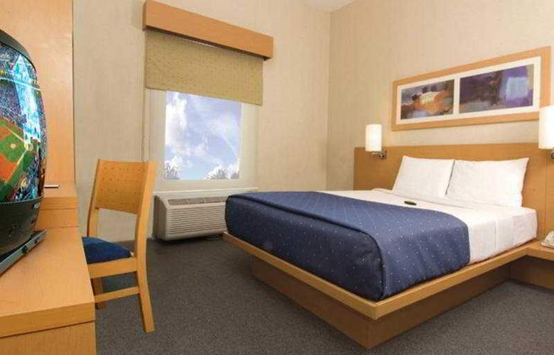 City Express Toluca - Room - 3