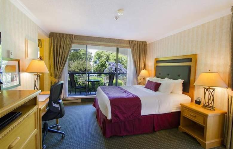 Best Western Plus Inner Harbour - Room - 37