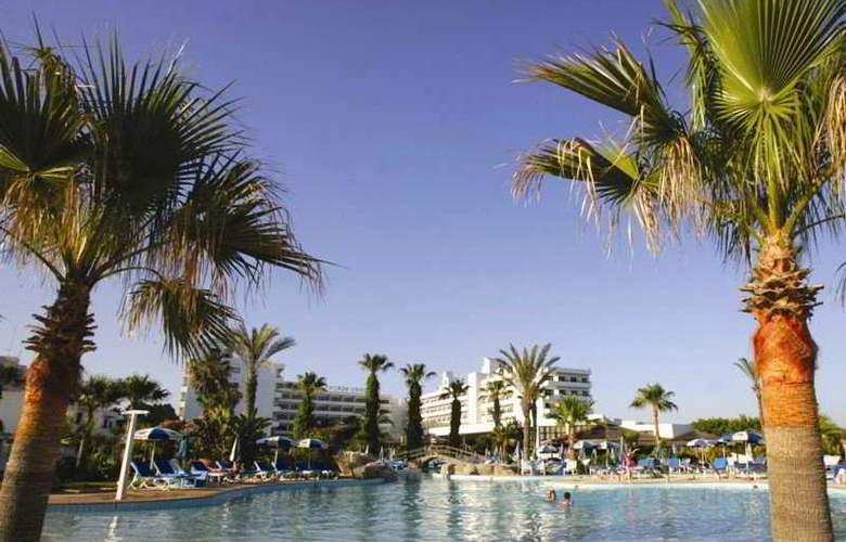 Adams Beach Hotel - Hotel - 0