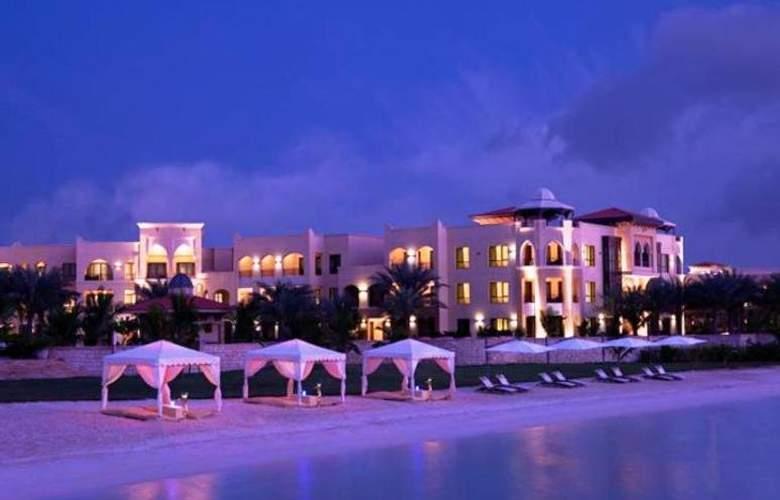 Traders, Qaryat Al Ber - Beach - 4