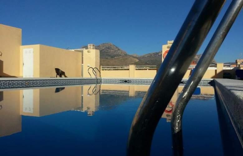 Olympus - Pool - 9