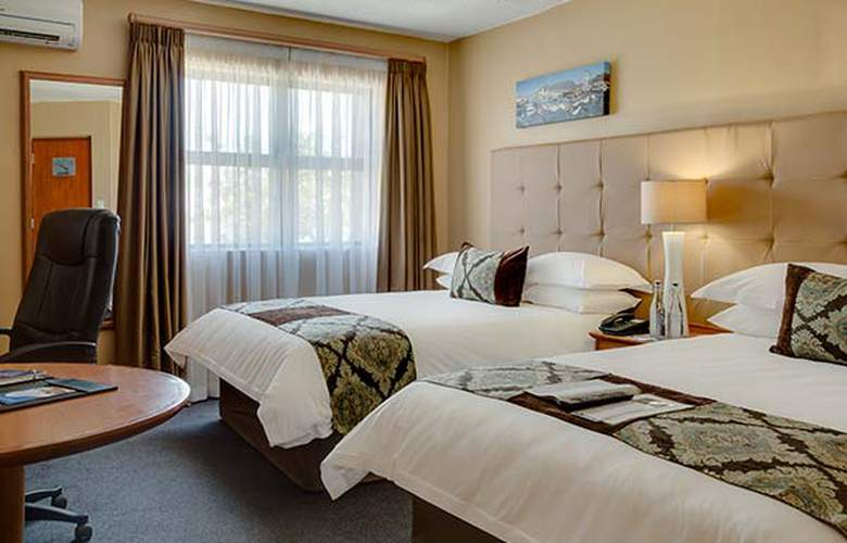 Protea Tyger Valley - Room - 12