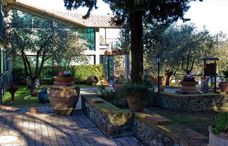 Villa Cesi - Hotel - 16