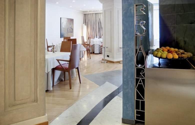 Alfonso V Sercotel - Restaurant - 32