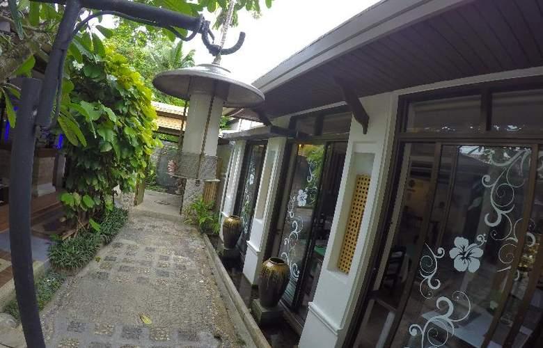 Bangtao Beach Chalet Phuket - Hotel - 21