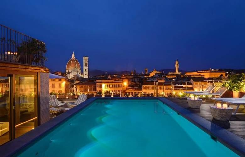 Grand Hotel Minerva - Pool - 19