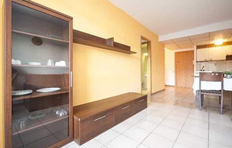 Cataluña Apartamentos - Room - 11