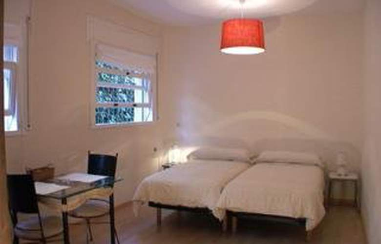 Tibidabo Apartments - Room - 9