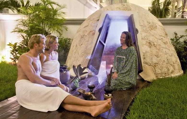 The Royal Playa del Carmen All Inclusive - Hotel - 8