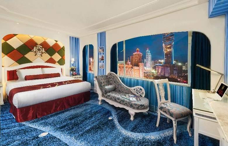 Beverly Plaza - Room - 13