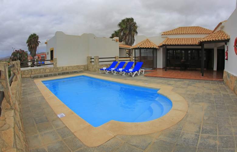 VIP Villas - Pool - 10