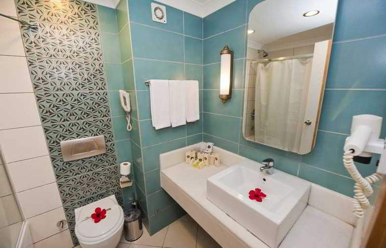 Diamond Beach Hotel - Room - 17