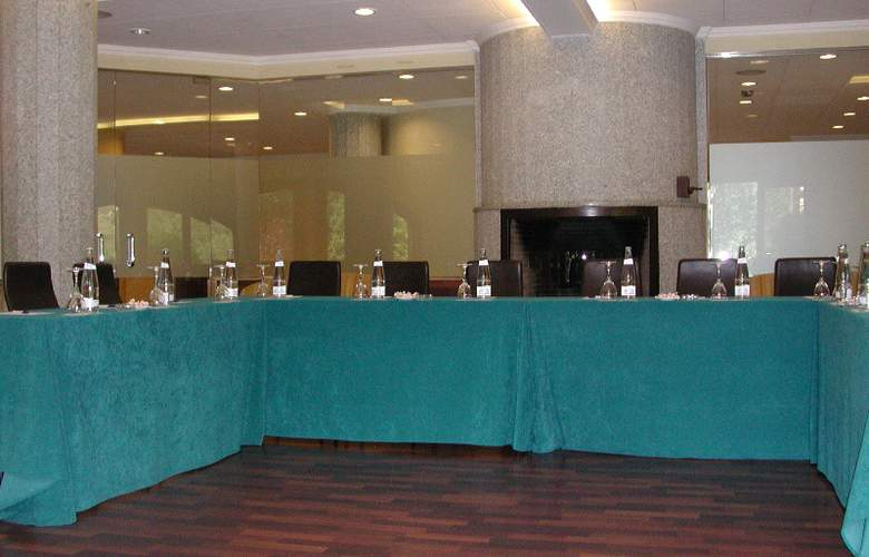 Abba Xalet Suites - Conference - 7