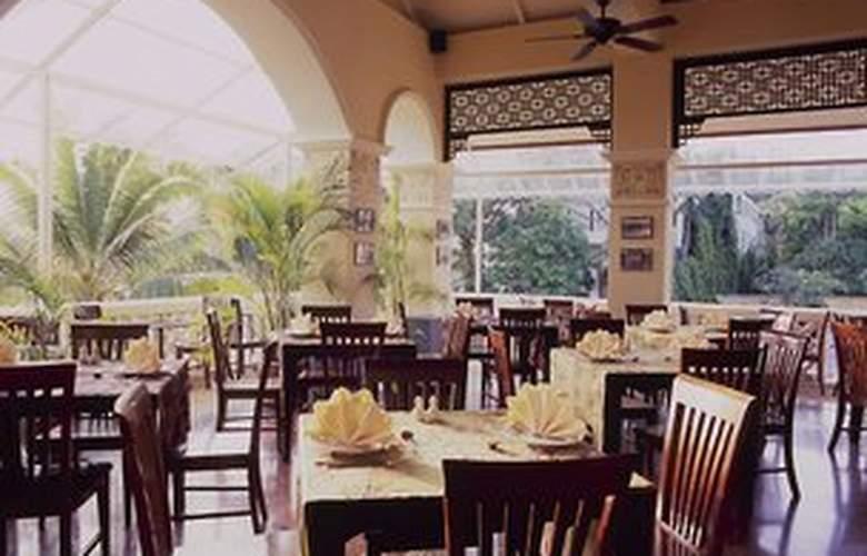 Front Village Phuket - Restaurant - 11