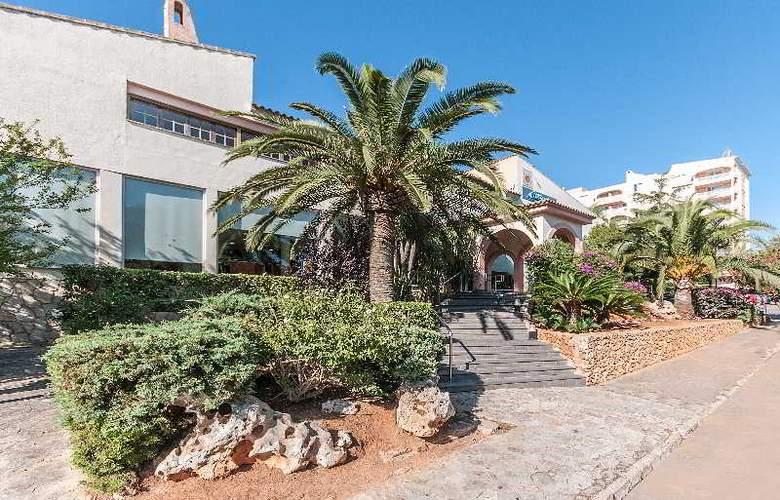 Hyb Eurocalas by Garden Hotels - Hotel - 11