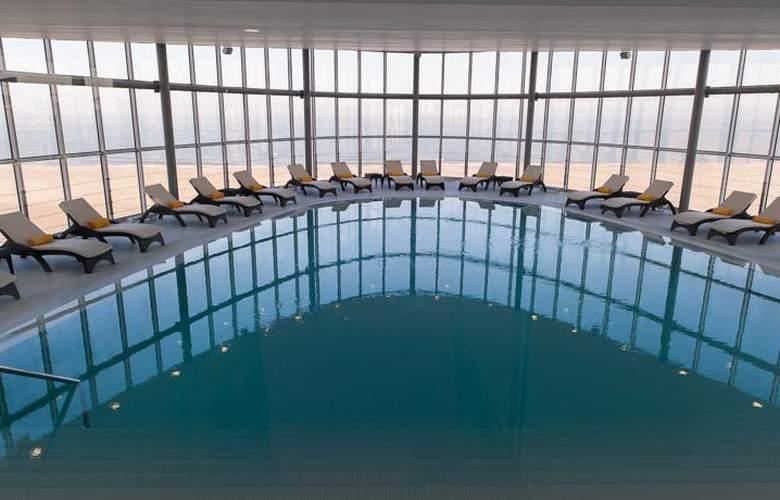 Eurostars Oasis Plaza - Pool - 2