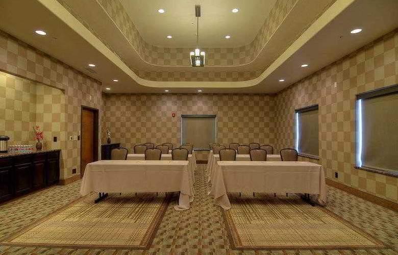 Best Western Plus Atrea Hotel & Suites - Hotel - 4