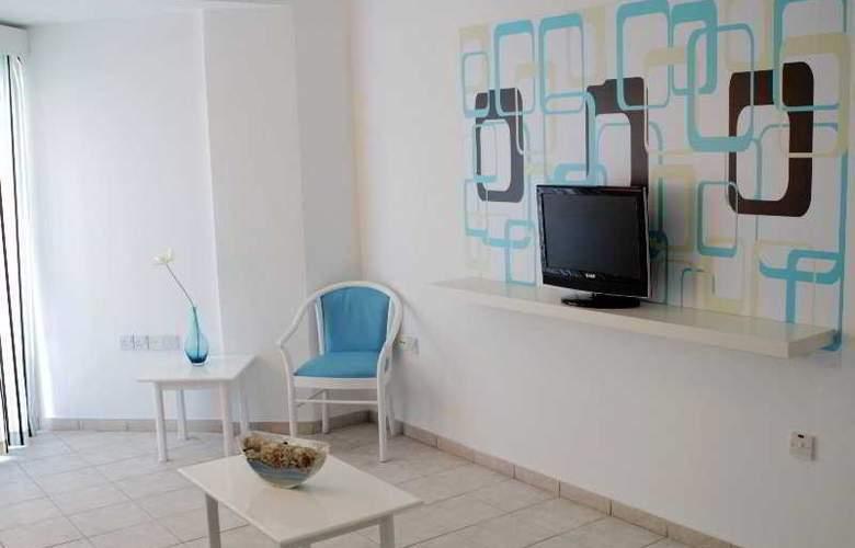 Lantiana Gardens - Room - 5