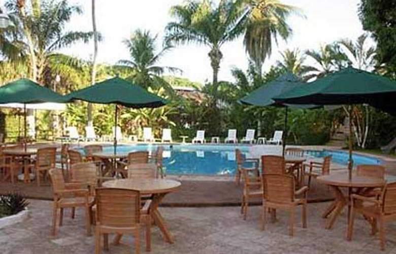Comfort Inn Tapachula Kamico - Pool - 2