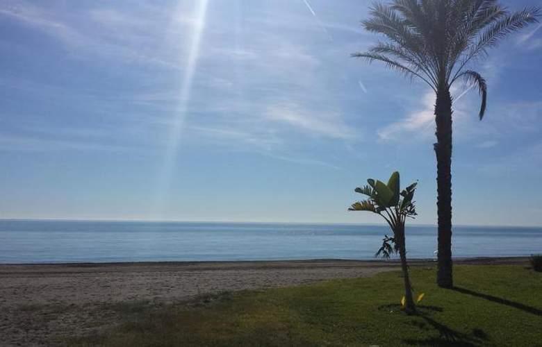 Elimar - Beach - 17