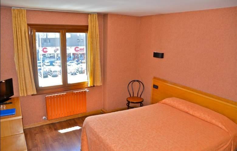 Cal Ruiz Hotel Pas de la Casa - Room - 1