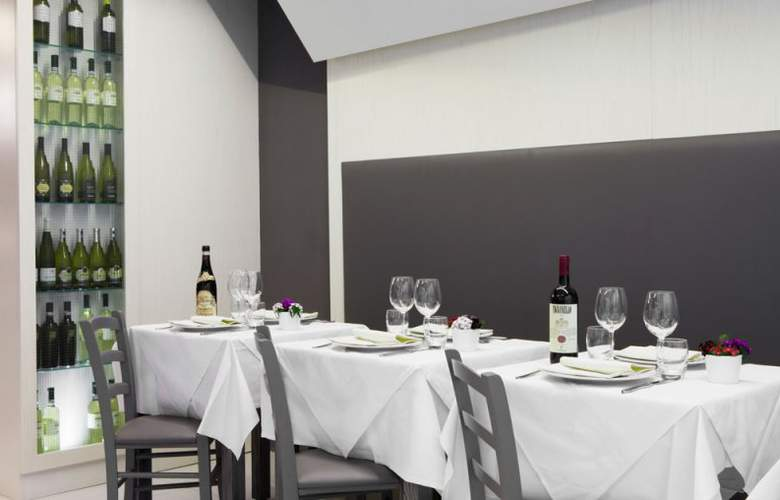 Smart Hotel Rome - Restaurant - 30