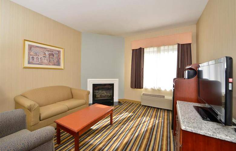 Best Western Plus New England Inn & Suites - Room - 37