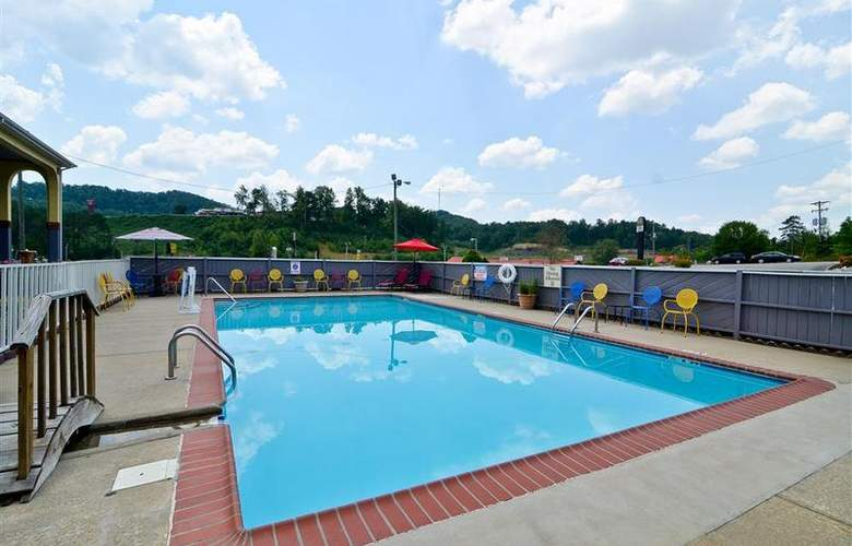 Best Western Corbin Inn - Pool - 129