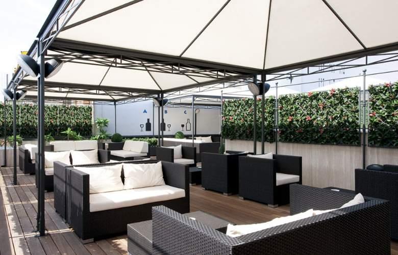 iQ Hotel Roma - Terrace - 22