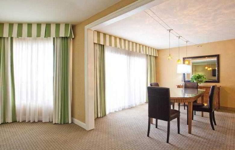 Crowne Plaza Redondo Beach - Room - 25