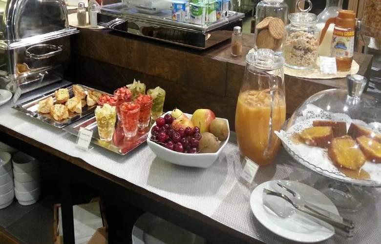 Descobertas Boutique - Meals - 3
