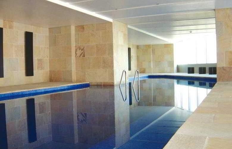 Hilton Mexico City Reforma - Pool - 3