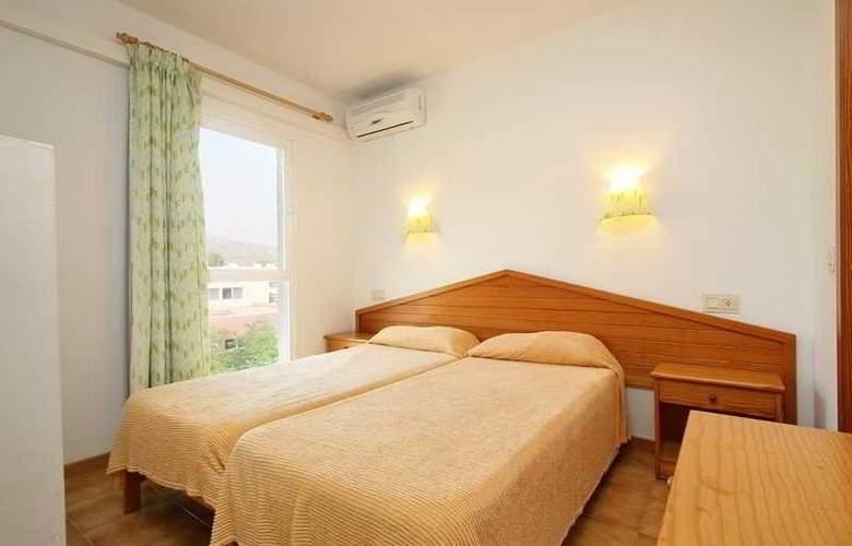 Massol Apartamentos - Room - 4