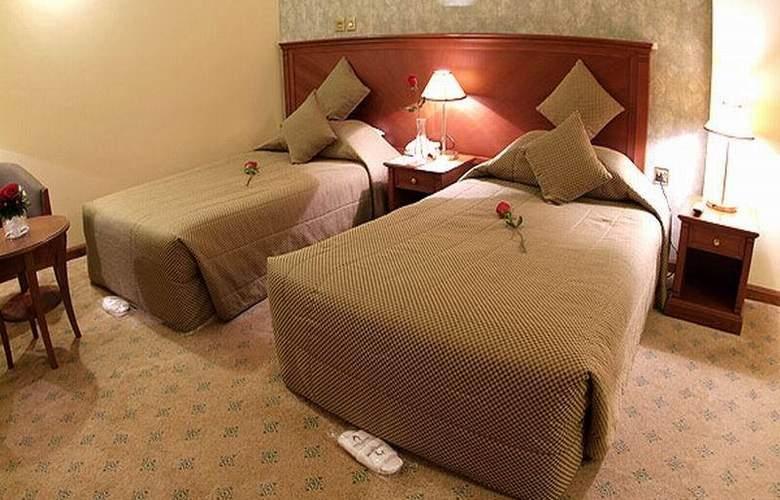 Royal Qatar - Room - 7